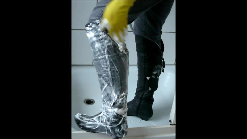 Jana fills and messy her gray heel Graceland overknee boots in the shower
