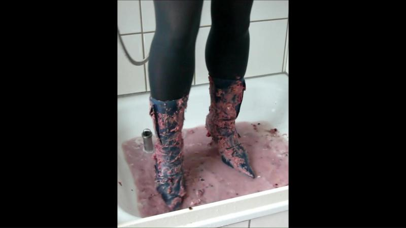 Jana crush a cake with high heel jeans ankle boots after she fill meesy and washes them in the shower